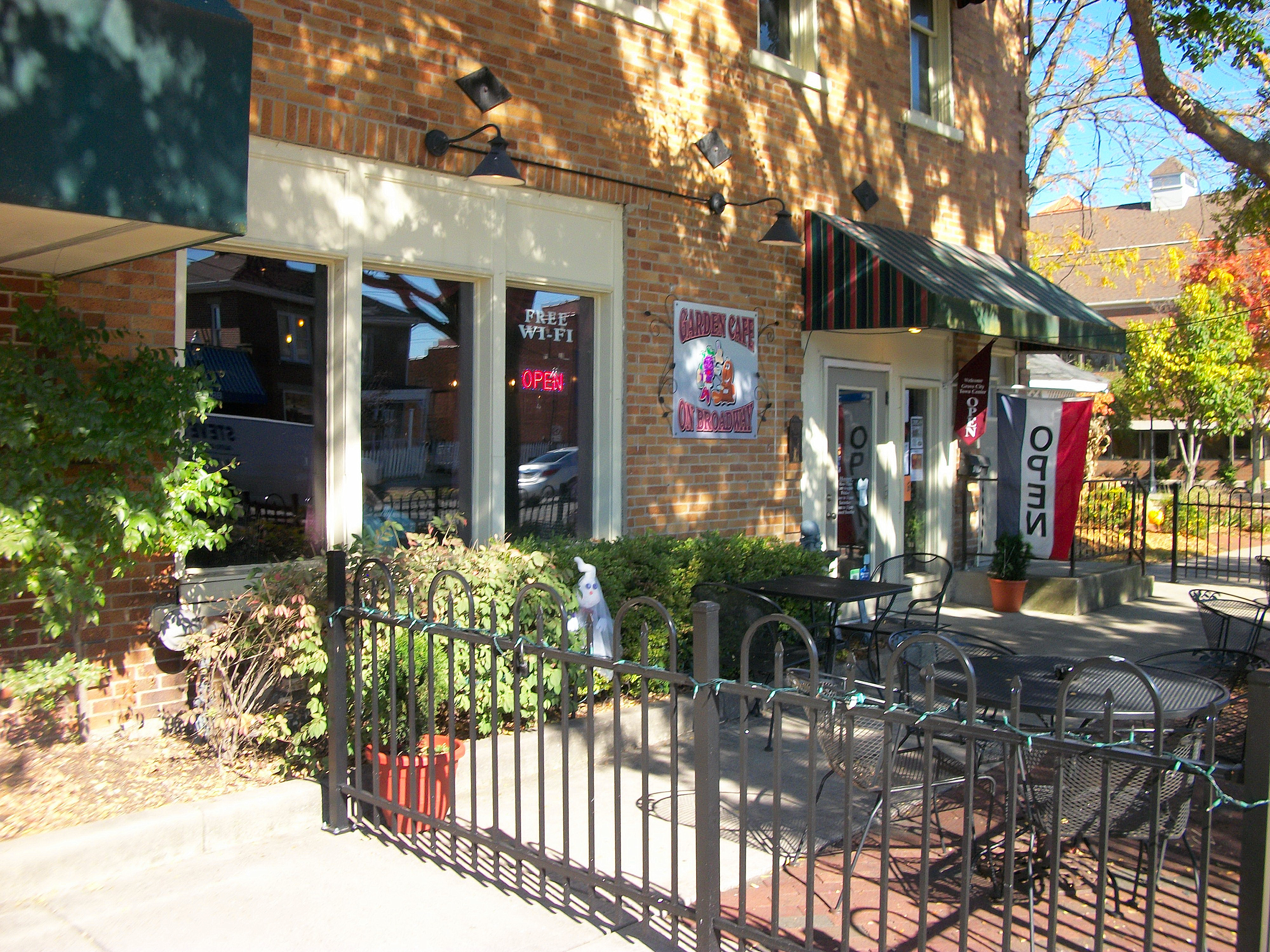 The Garden Cafe On Broadway Grove City Oh